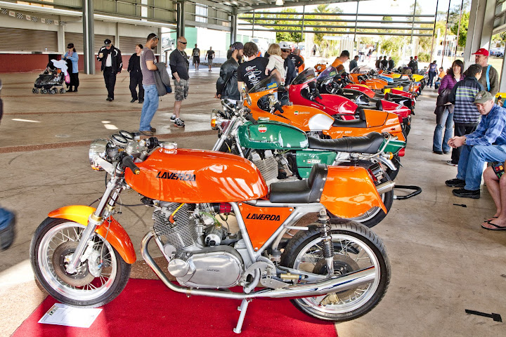 2012-LaverdaDisplay_3